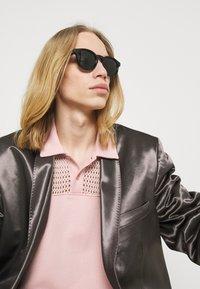 Gucci - Sunglasses - black/grey - 0