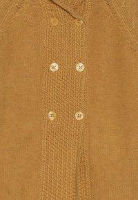 Sense Organics - PAUL BABY HOODED - Gilet - mustard - 3