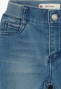 Levi's® - 6E7772 - Jeans Tapered Fit - sea salt - 2