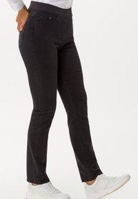 BRAX - STYLE PAMINA - Slim fit jeans - anthra - 4