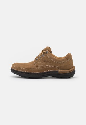 NATURE THREE - Casual lace-ups - dark sand
