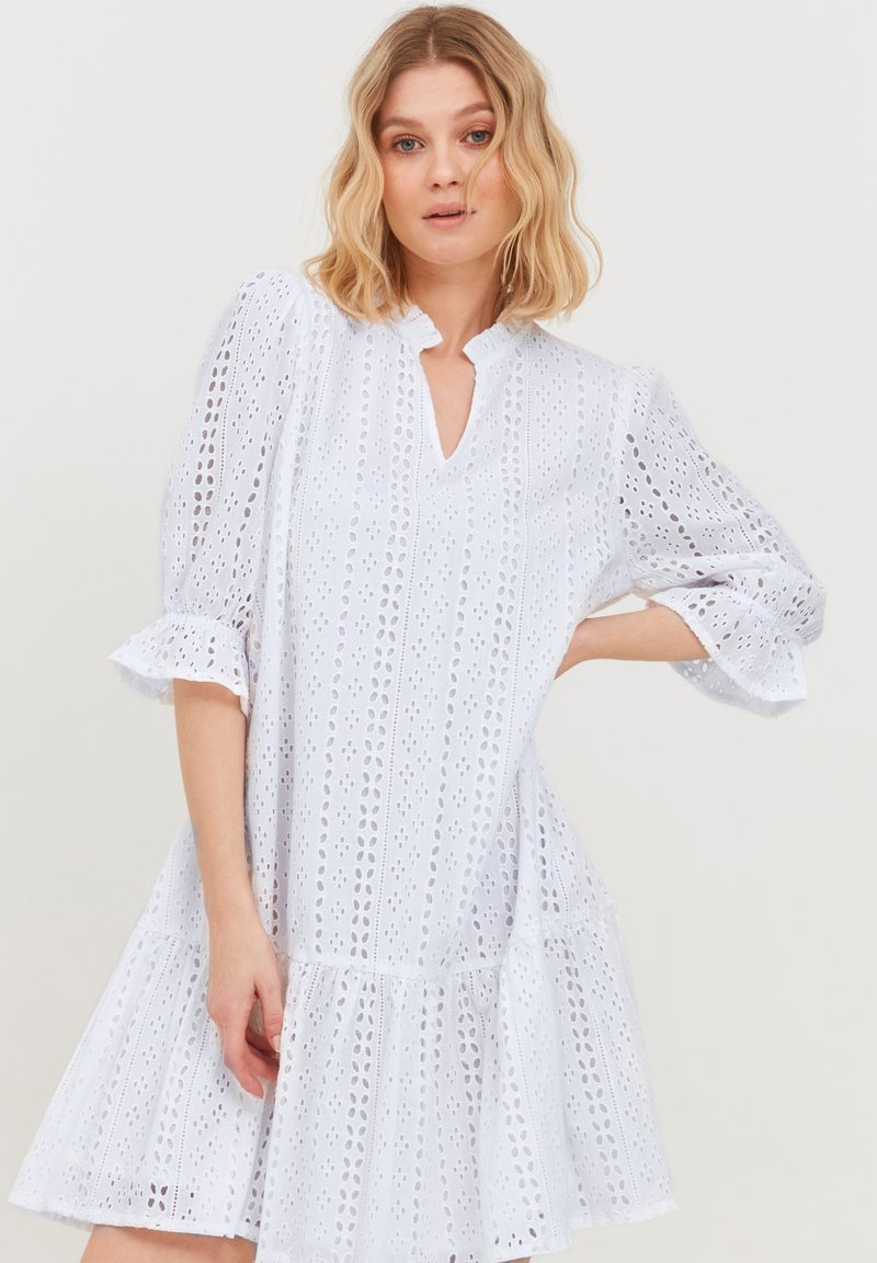 b.young - MIT LOCHSTICKEREI - Day dress - optical white