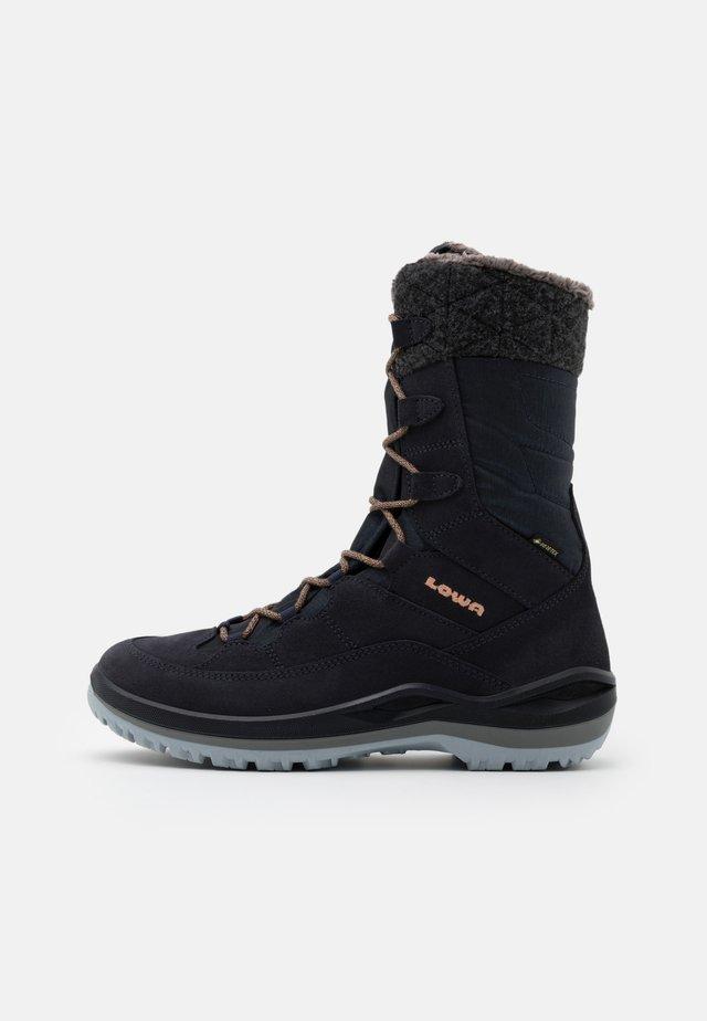 BARINA III GTX  - Winter boots - navy/aprikose