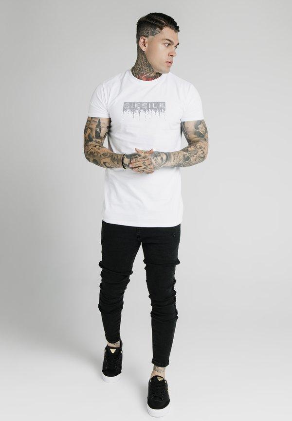 Illusive London Juniors T-shirt z nadrukiem - white/biały Odzież Męska GSMR