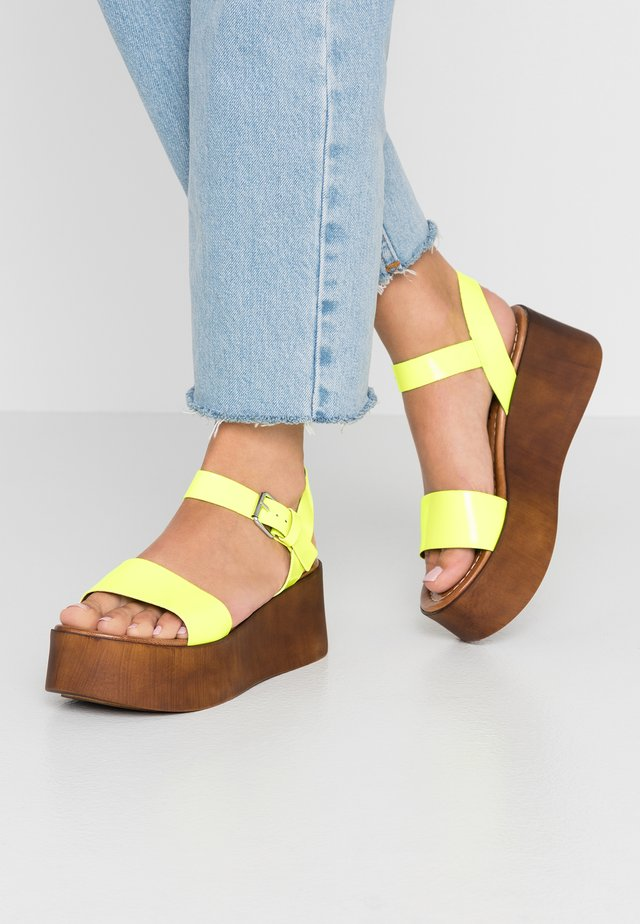 SKIPPER - Platform sandals - neon yellow