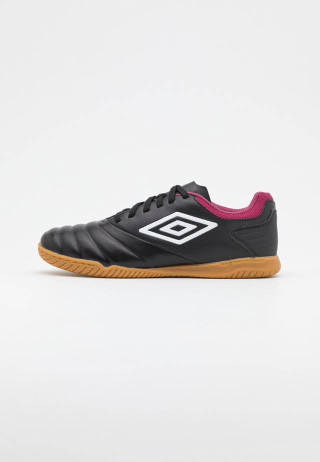 TOCCO CLUB IC - Indoor football boots - black/white/raspberry radiance/pink peacock