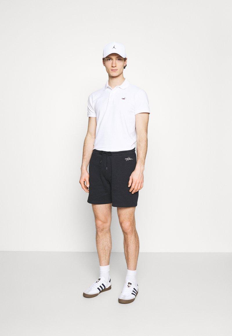 Hollister Co. - 3 PACK - Piké - white/navy/black