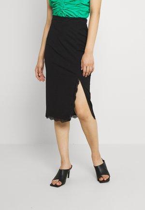 KAMMI MIDI SKRT - Pouzdrová sukně - black