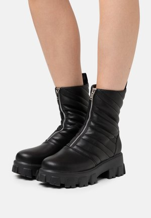 JLDRAE FRONT ZIPPER CHUNKIE BOOTS - Kotníkové boty na platformě - black