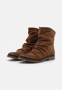 Felmini - CLASH - Cowboy/biker ankle boot - marvin brown - 2