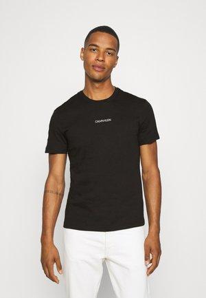 ESSENTIAL LOGO TAPE - T-shirt print - black