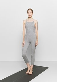 Free People - SIDE TO SIDE PERFORMANCE - Combinaison d'échauffement - grey combo - 0