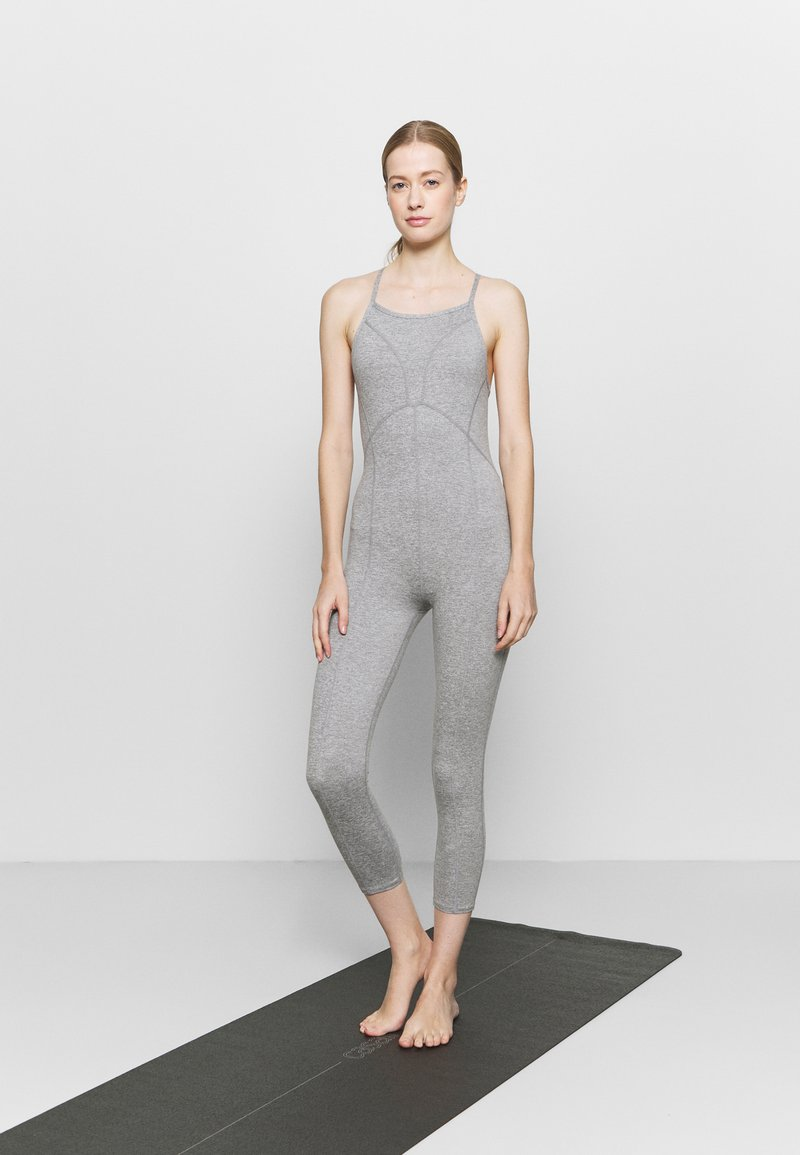 Free People - SIDE TO SIDE PERFORMANCE - Combinaison d'échauffement - grey combo