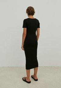 EDITED - INGRID - Jersey dress - schwarz - 2
