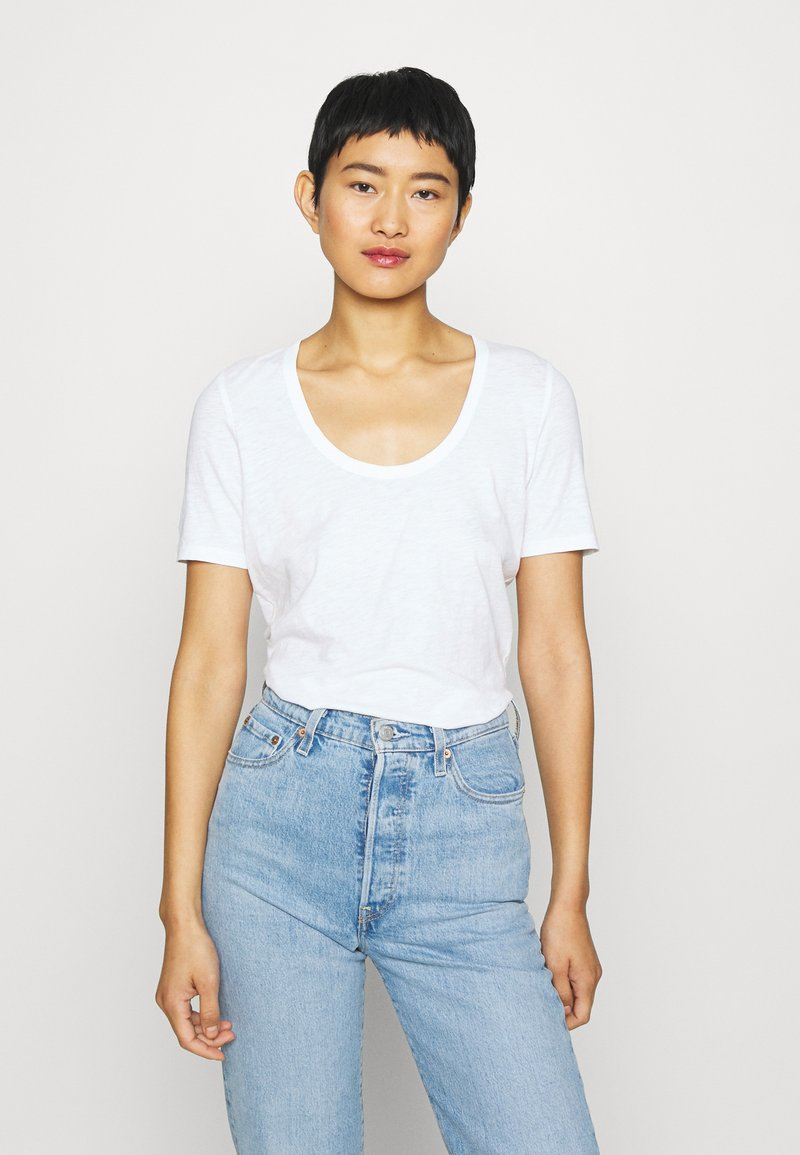 Marc O'Polo - SHORT SLEEVE ROUND NECK SOLID - Jednoduché triko - white
