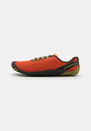 VAPOR GLOVE 4 - Minimalist running shoes - tangerine