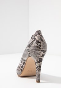 mint&berry wide fit - Højhælede pumps - grey