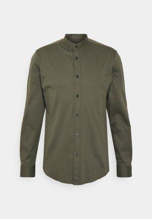 TAROK - Shirt - grün