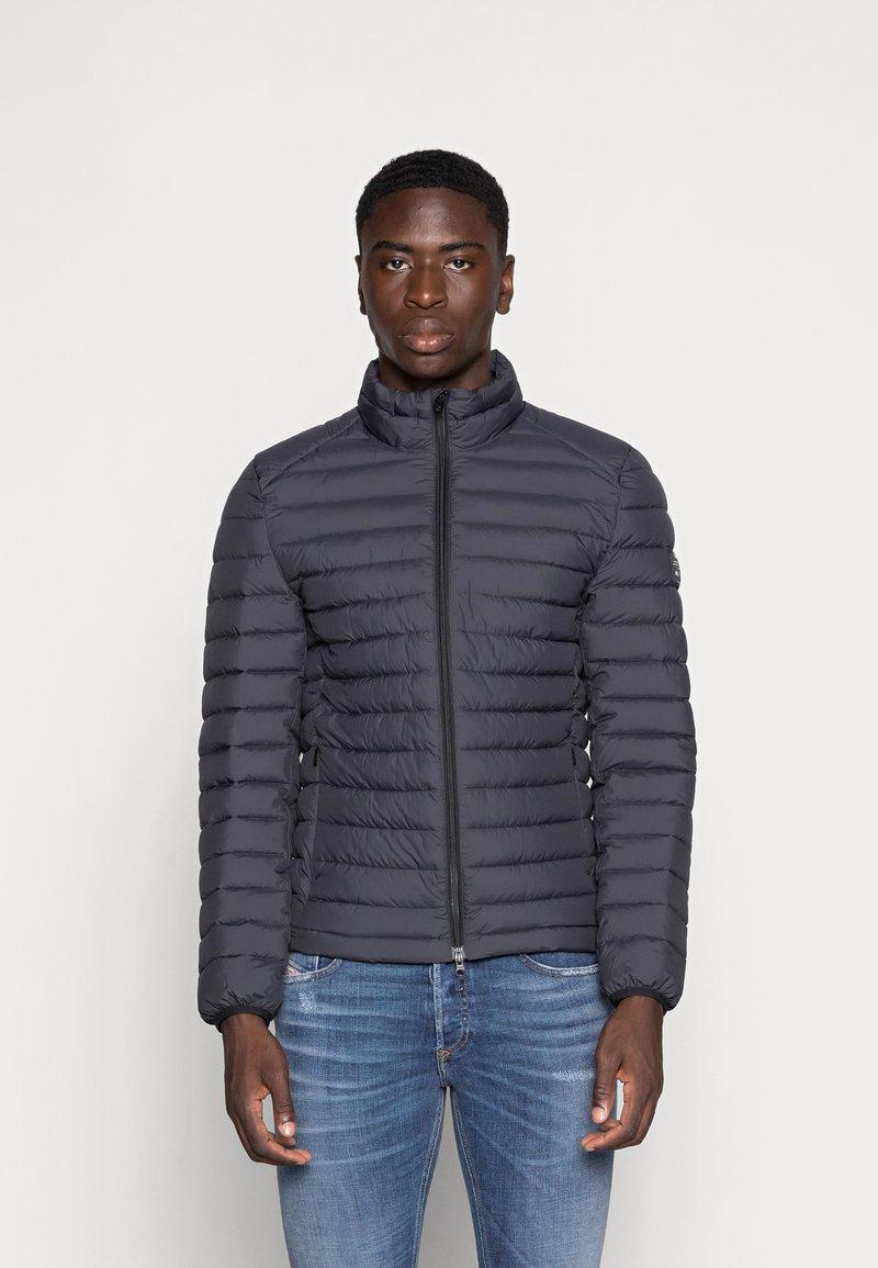 Ecoalf - BERET JACKET MAN - Light jacket - asphalt