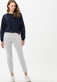 BRAX - STYLE SHAKIRA S - Jeans Skinny Fit - white - 1