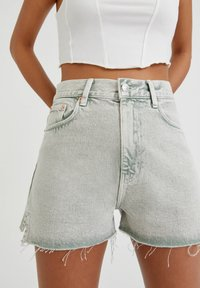 PULL&BEAR - Denim shorts - grey denim - 3
