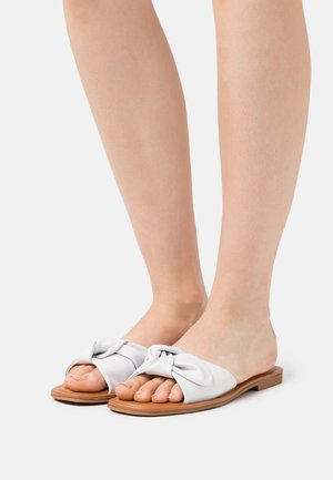 ABAYRITH - Mules - white