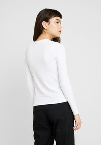 Banana Republic - CREW NECK SOLIDS - Long sleeved top - white - 2
