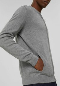 Esprit - PIMA - Cardigan - medium grey - 5