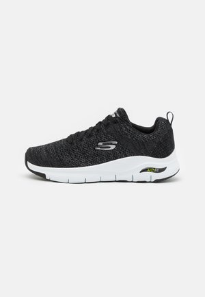 ARCH FIT PARADYME - Trainers - black/white