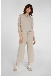 Oui - Trousers - light stone - 0