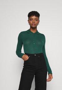 Monki - SIBYLLA - Polo shirt - dark green - 0