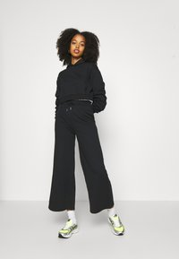 Even&Odd - Tracksuit bottoms - black - 3