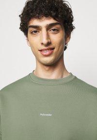 Holzweiler - FLEA CREW - Sweatshirt - teal - 4