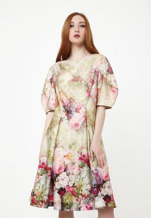 Day dress - olive, pink