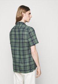 PS Paul Smith - MENS CASUAL FIT - Shirt - dark green - 2