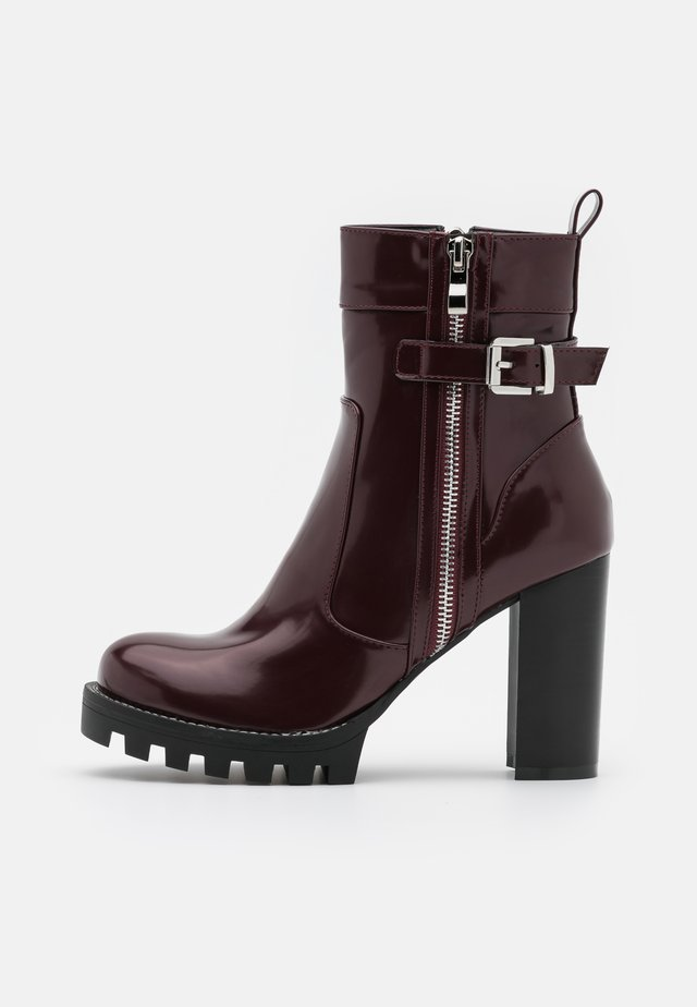 LETICIA - Kotníková obuv na vysokém podpatku - bordo