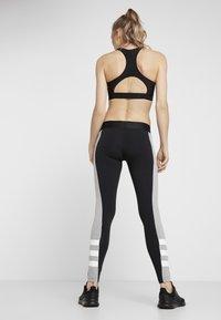 adidas Performance - SID - Legginsy - black/medium grey heather - 2
