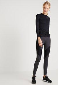 Daquïni - T-shirt à manches longues - black - 1