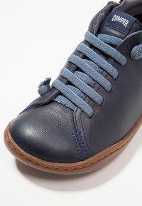 Camper - PEU CAMI KIDS - Zapatos con cordones - navy - 2