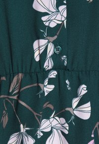 Vero Moda - VMANNIE DRESS - Vestido camisero - ponderosa pine - 2