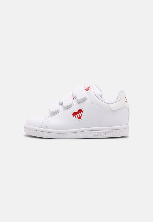 STAN SMITH UNISEX - Trainers - white/vivid red