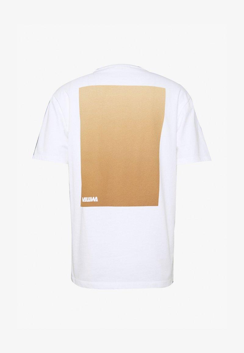 WAWWA - WAWWA UNISEX - Printtipaita - white