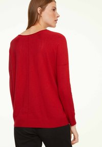 comma casual identity - Jumper - scarlet red - 1