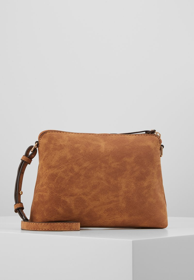 Dorothy Perkins - TAN ZIP TOP CROSS BODY - Taška s příčným popruhem - tan