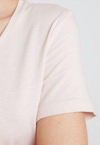Cream - NAIA - Basic T-shirt - sunshine rose - 5