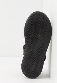 Primigi - Ankle strap ballet pumps - nero - 5