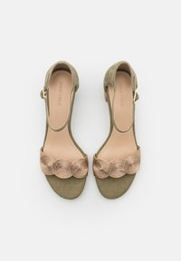 Anna Field - LEATHER COMFORT - Sandals - green - 5