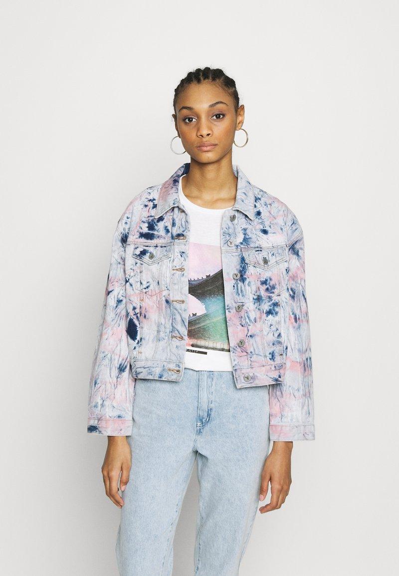 Abrand Jeans - A BONNIE JACKET - Džínová bunda - lovewaves