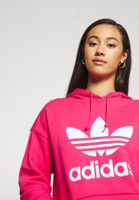 adidas Originals - ADICOLOR TREFOIL ORIGINALS HODDIE - Hoodie - power pink/white - 4