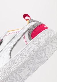 Puma - Ralph Sampson x HELLY HANSEN - Sneakers - white - 5